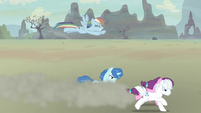 Rainbow Dash slower than running ponies S5E2