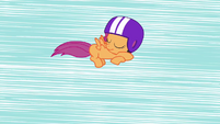 Scootaloo sleeps in the air S3E06