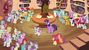 Sweetie Belle promising dinner and a show S4E15