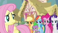 Twilight's friends skeptical of Discord's helpfulness S4E25