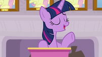 Twilight -been looking into a new activity- S8E9