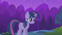 Twilight sighs before following her friends S1E02