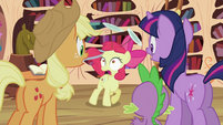 Apple Bloom speaking French 3 S2E06