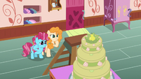 Chiffon and Pear Butter proud of their work S7E13
