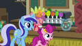 Minuette and filly buying a drink S6E13.png