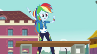 Rainbow Dash about to chop wood CYOE4b