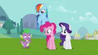 Spike backs away slowly S03E10