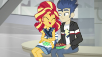 Sunset Shimmer sitting with Flash Sentry SS16