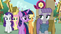 "Twilight ""why did you pack up all of Pinkie's things?"" S8E18"