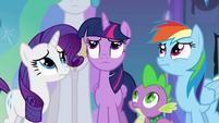 Twilight escutando as princesas EG