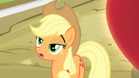 Applejack 'Yeah right' S4E7