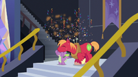 Basketball bursts into confetti over Spike and Big Mac S6E17