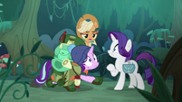Fake Applejack pops out of the bushes S8E13