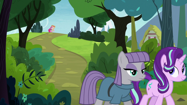 File:Maud and Starlight walking away from Pinkie S7E4.png