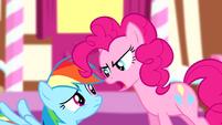 Pinkie scaring Rainbow Dash S4E12