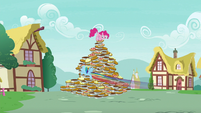 Rainbow Dash flying around the pie pyramid S7E23