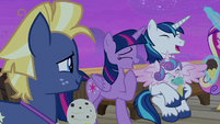 Star Tracker looking at Twilight and her family S7E22