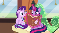 Starlight tries to talk to Twilight S6E1