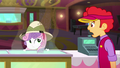 Theater cashier looking at Sweetie Belle SS11.png
