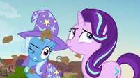Trixie getting pelted with clumps of dirt S7E17