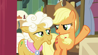 "Applejack ""honest-to-goodness work"" S9E10"