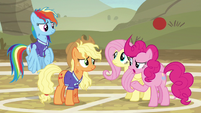 Fluttershy and Pinkie Pie confused S6E18