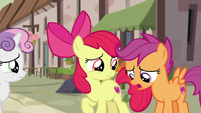 "Scootaloo ""well, nopony's seen him"" S7E8"