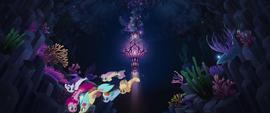 Skystar and her friends swim through Seaquestria MLPTM