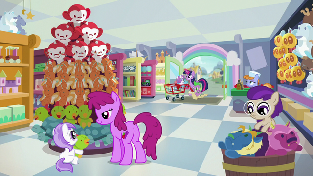 File:Twilight, Spike, and Flurry enter the toy store S7E3.png