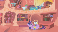Twilight Sparkle Struggling S1E11