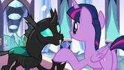 Twilight siendo amigable con Thorax T6E16