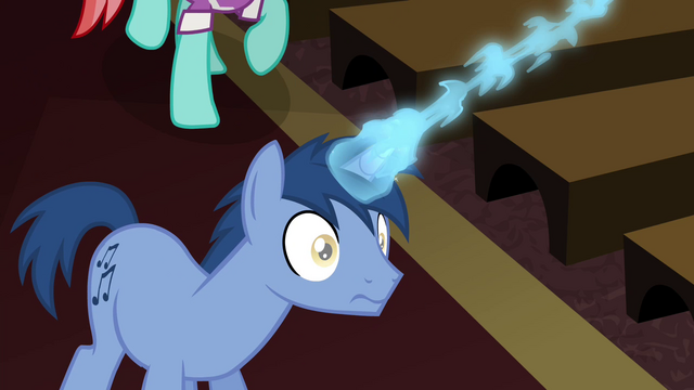 File:Unicorn Noteworthy is drained of magic S4E25.png