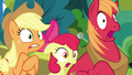 Apple siblings in complete shock S7E13.png