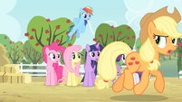 Applejack's friends see Applejack walking S4E07