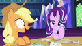 "Applejack ""wouldn't be able to see him!"" S6E21.png"