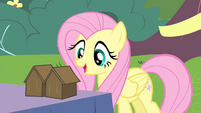 Fluttershy singing along S4E14