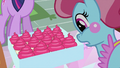 Mrs. Cake looking at cupcakes S2E03.png