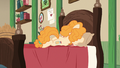 Pear Butter buries her face in her pillow S7E13.png