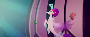 Queen Novo watching the seapony party MLPTM
