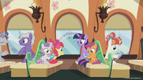 Season 8 promo image - Twilight and CMC on the train
