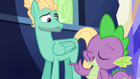 Spike -make sure you do it right- S6E11
