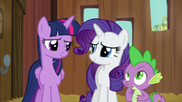 Twilight and Rarity smiling; Spike in thought S6E10