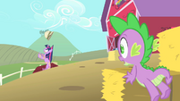 Twilight falls into the apple cellar S1E15
