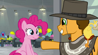 Cheese invites Pinkie to come with him S9E14
