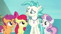Cutie Mark Crusaders helping Terramar S8E6