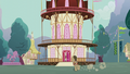 Dr. Hooves galloping to town hall S5E9.png