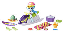Equestria Girls Minis Rainbow Dash Sporty Beach Set