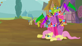 Fluttershy crawl S2E20.png