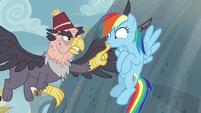 Grampa Gruff silencing Rainbow Dash S8E2
