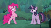 Pinkie confidently crosses her hooves S8E13